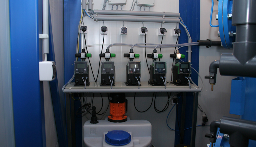 Containerised drinking water treatment systems - HidroWell technology
